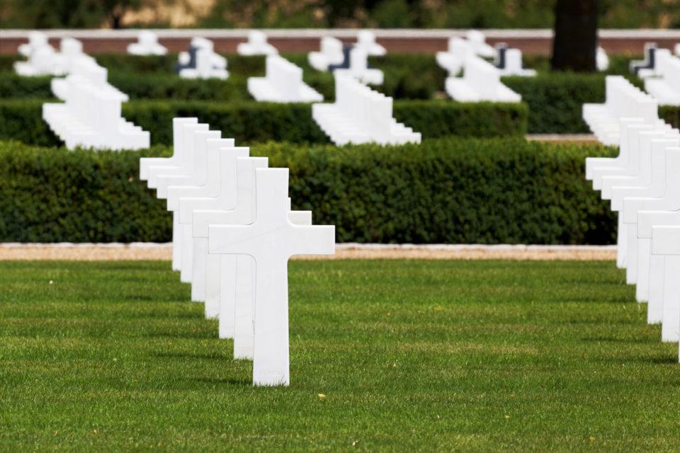 service funéraire ou commémoratif